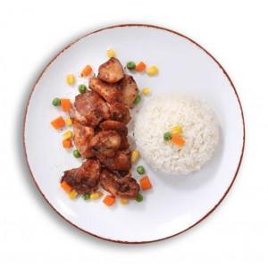 tavuk sote ve pirinç pilavı paket yemek
